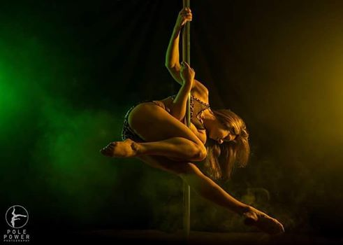 Lucy Provenzano Pole Dancing Plymouth